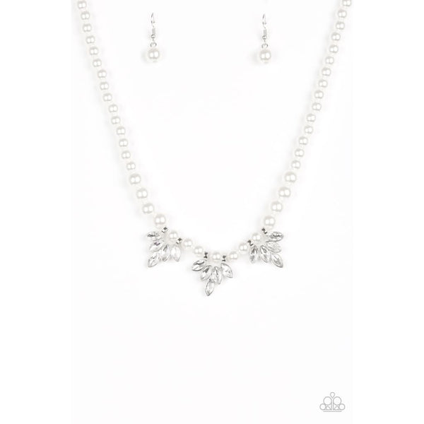 Paparazzi Society Socialite - White Necklaces - A Finishing Touch