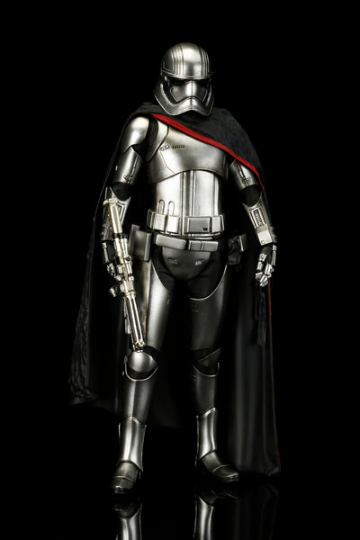 "Star Wars - Captain Phasma ""The Force Awakens"""