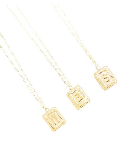 Initial Plate Necklace - Gold