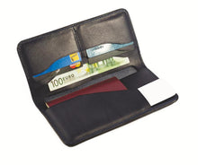 Laden Sie das Bild in den Galerie-Viewer, Noble Leather - Passport Wallet