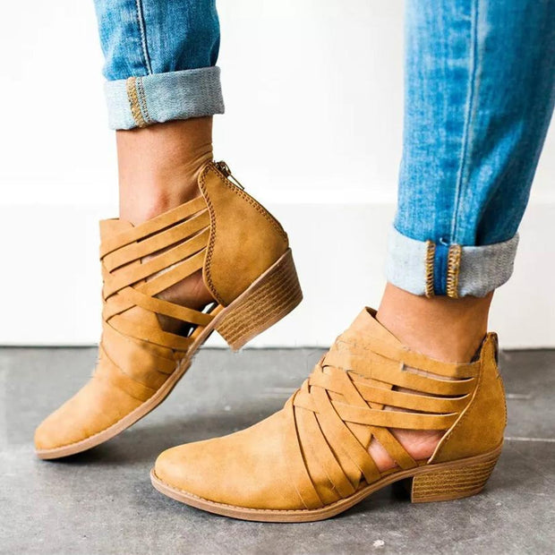 Plain  Chunky  Mid Heeled  Round Toe  Outdoor Ankle Boots