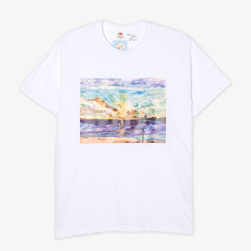NO FOCUS ARTS SUNSET TEE (WHITE)