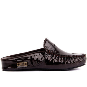 Leather female outdoor slipper