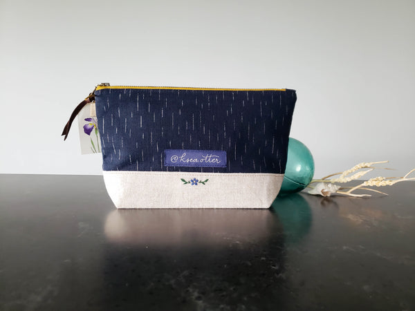 The Harbor Zip Pouch: KSea Otter