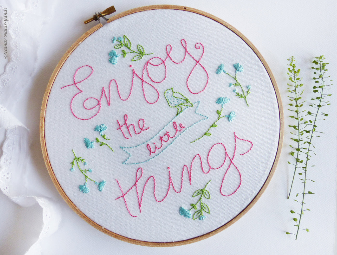 "Enjoy The Little Things 8"" Embroidery Kit"