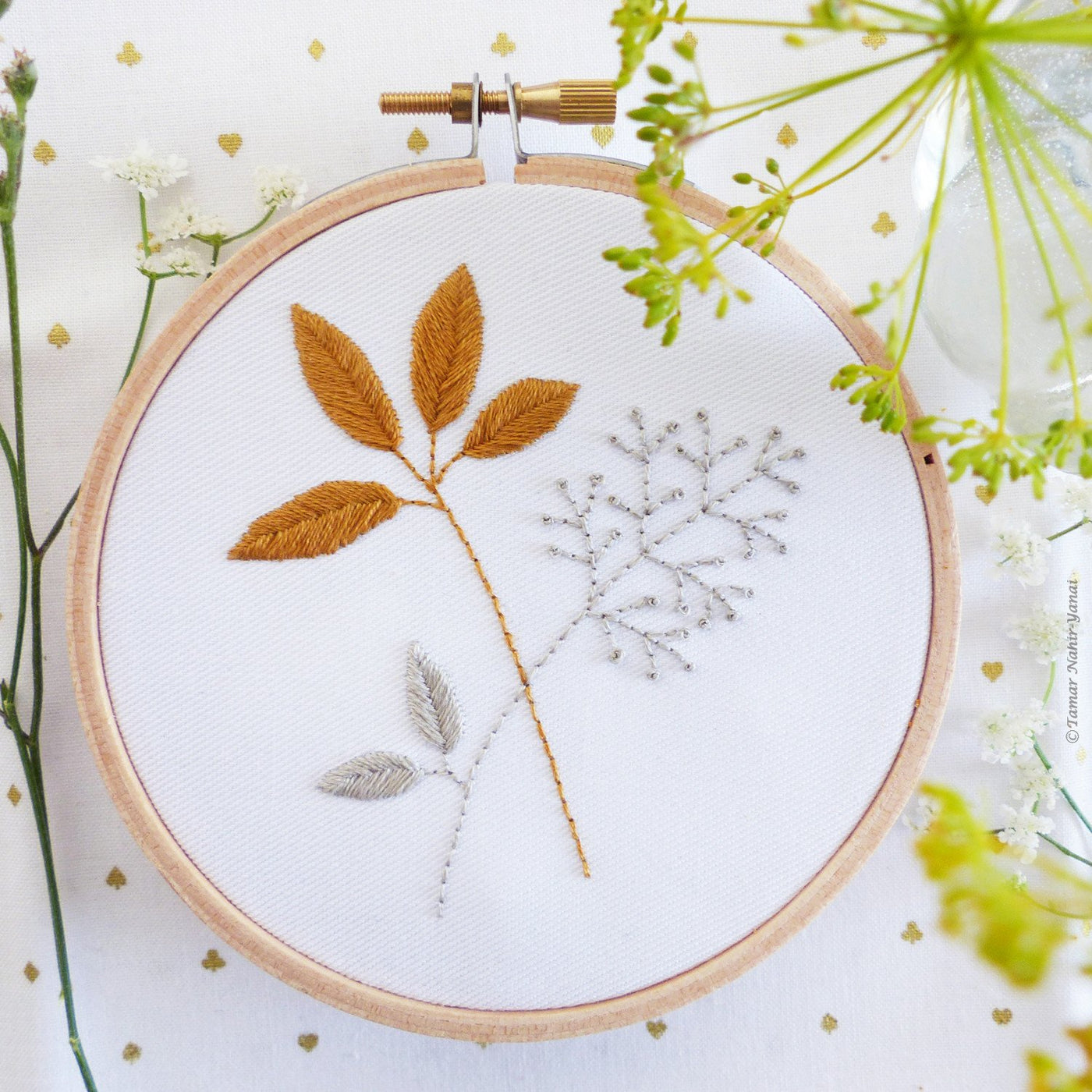"Gold & Gray Leaves 4"" Embroidery Kit"