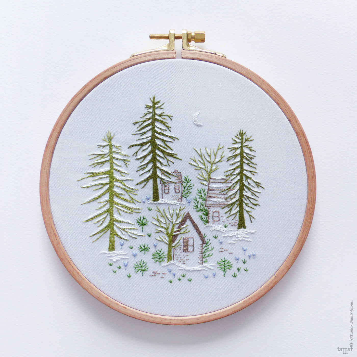 "Snowy Night  6"" Embroidery Kit"