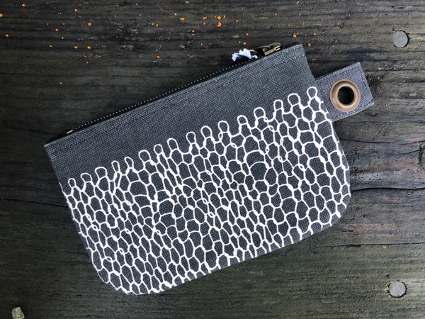 Cotton Knit Entwine Design Small Zip Bag