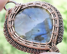 Load image into Gallery viewer, CD0506  Hand Crafted Labradorite Gemstone Wire Wrapped in Copper Pendant