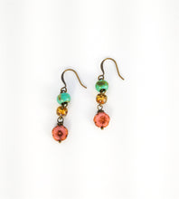 Load image into Gallery viewer, CD0138 Czech Glass Flowered Earrings