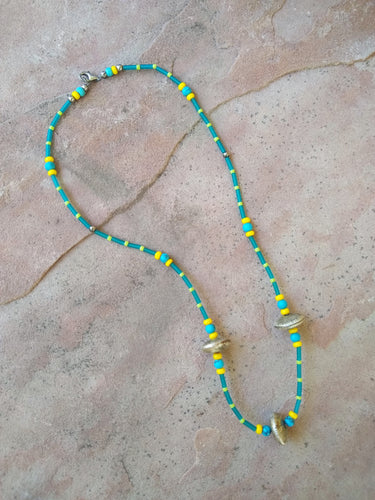 CD0173 Vintage Hand Crafted Beaded Necklace