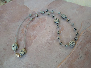 CD0198 Hand Crafted Dalmatian Jasper Stone Necklace