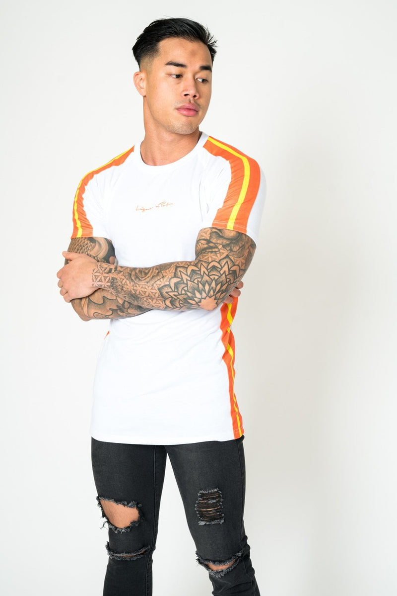 MUSCLE FIT WHITE TEE WITH ORANGE NEON STRIPE
