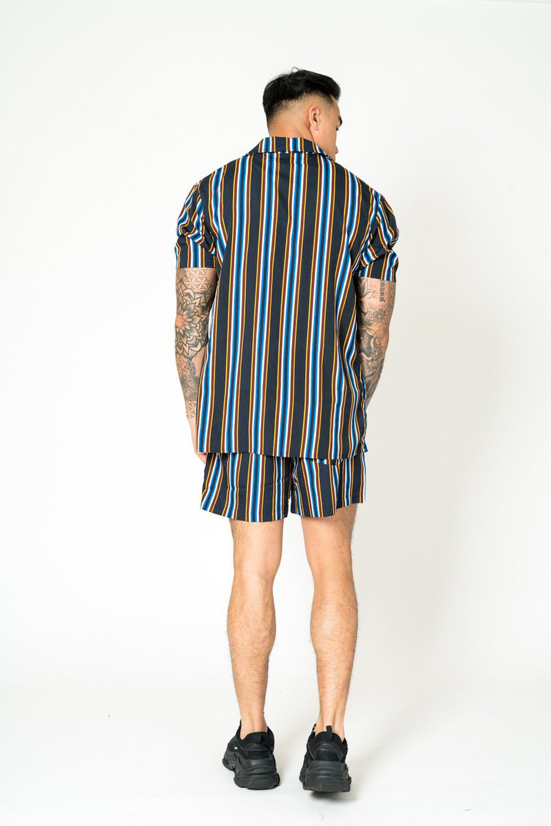RELAXED FIT SHORTS IN BROWN & NAVY STRIPE