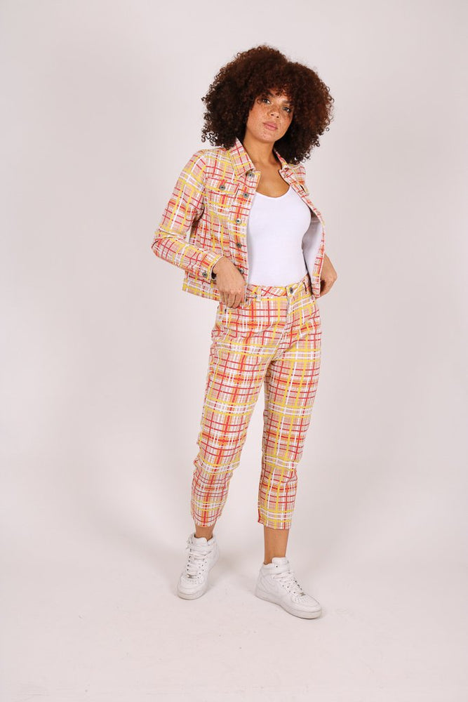 Clueless 90's mom jean in yellow check