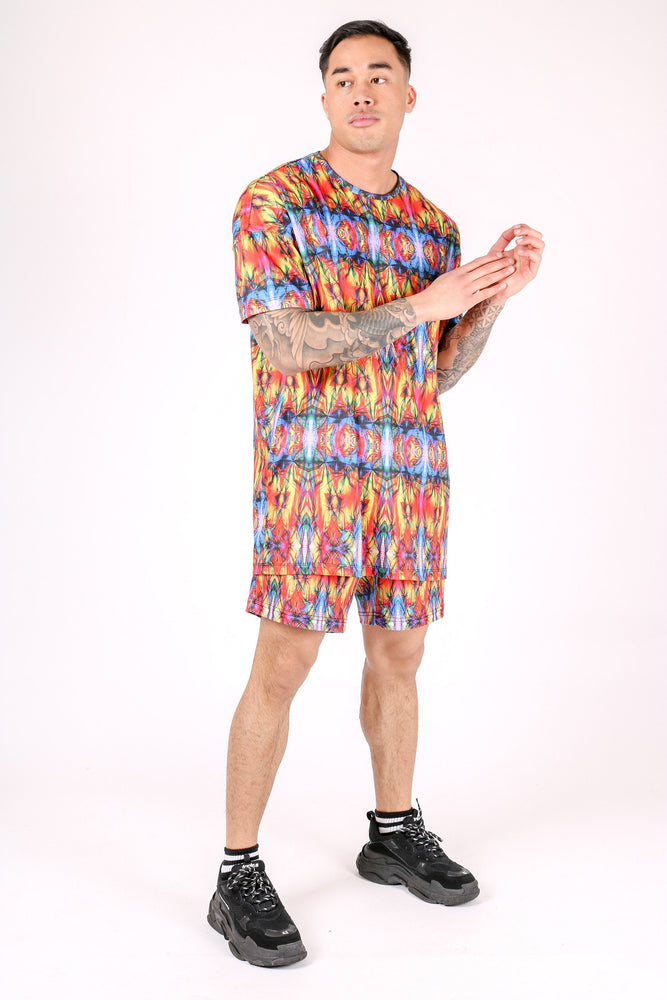 UBUNTU OVERSIZED T SHIRT IN RETRO KALEIDOSCOPE PRINT