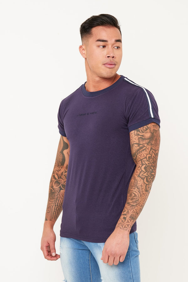 MUSCLE FIT T SHIRT WITH SPORTS STRIPE IN NAVY