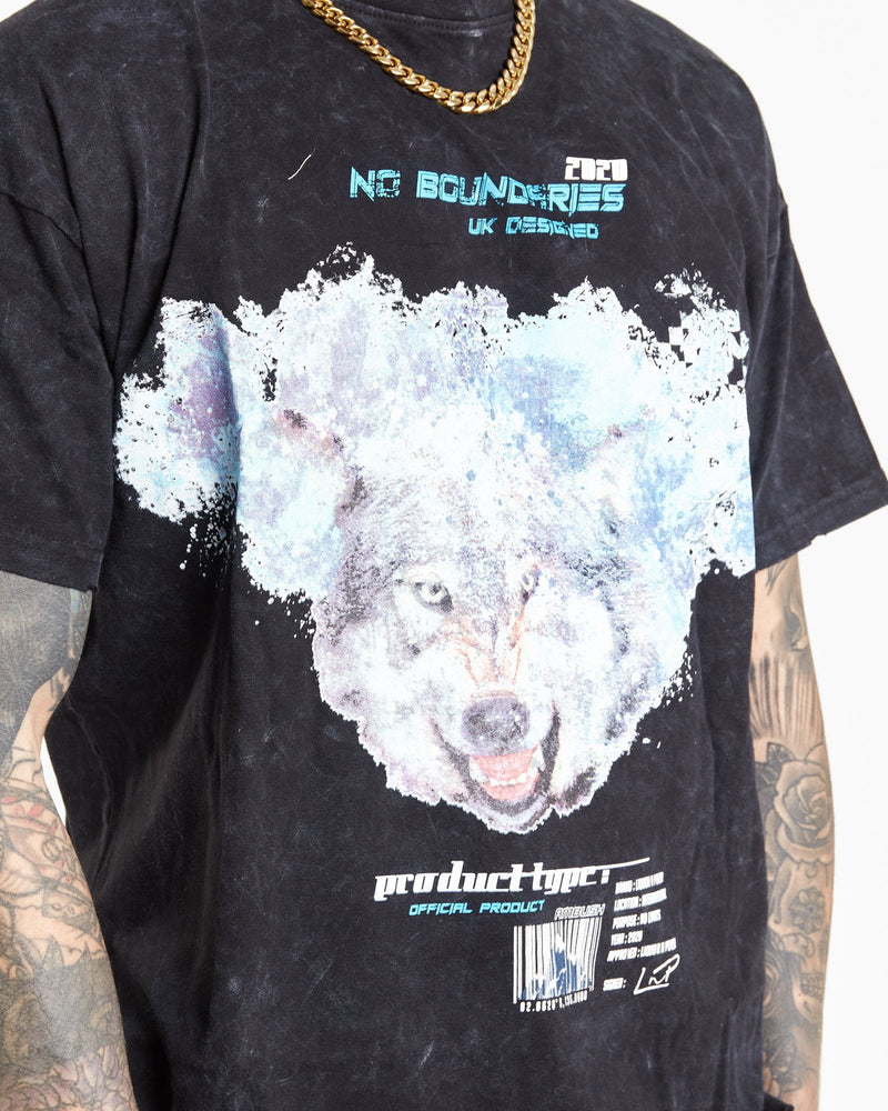 No Boundaries arctic wolf t shirt in oversized fit