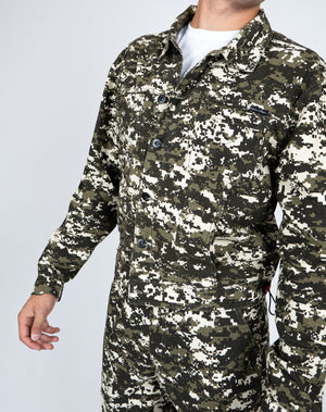 Liquor n Poker - Fort utility camo jacket unisex