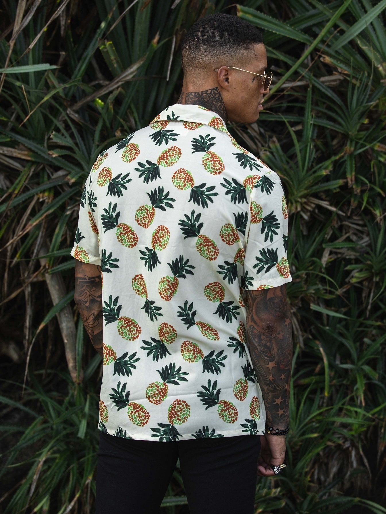 MIAMI RETRO REVERE COLLAR SHIRT IN TROPICAL PINEAPPLE PRINT - Liquor N Poker  Liquor N Poker