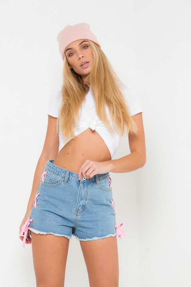 HIGH RISE DENIM SHORTS WITH EYELET& LACE