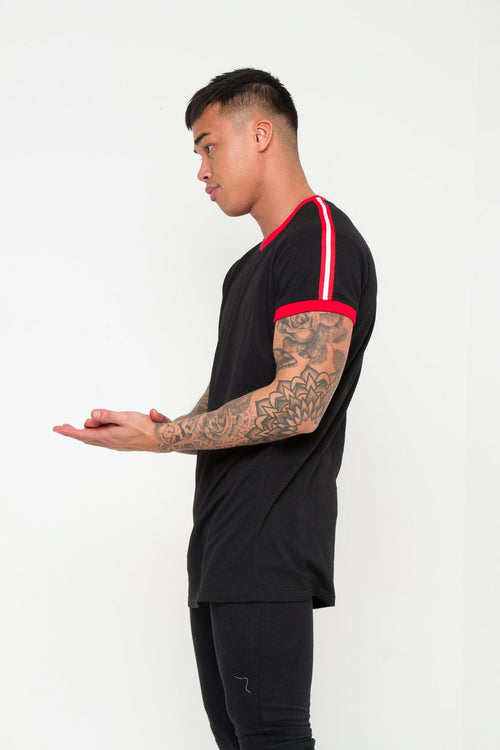 MUSCLE FIT T SHIRT WITH SPORTS STRIPE
