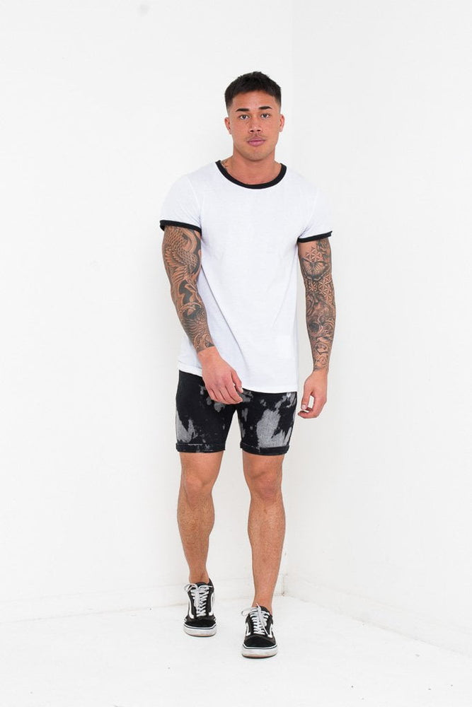SKINNY FIT SHORTS IN BLACK TIE DYE