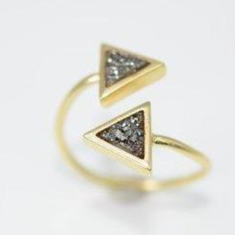 Triangle Duo Ring