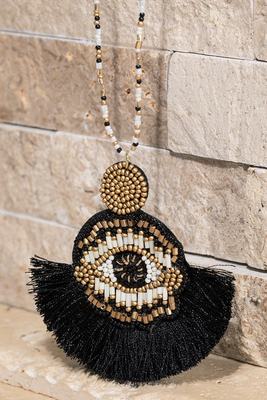All Eyes On You Necklace in Black