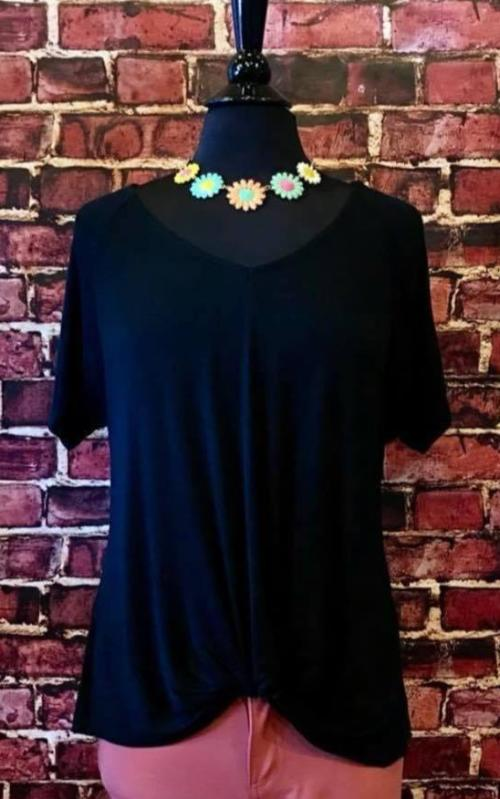 Summer Breeze Knotted Top in Black