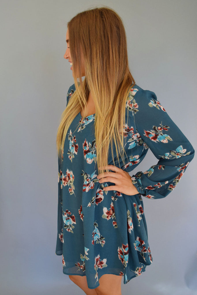 Chic floral meadow cutout dress