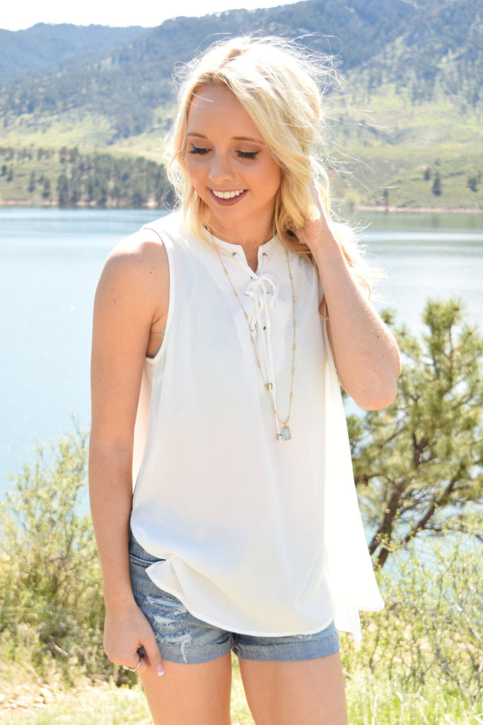 Womens Boutique Heirloom Lace Up Tank