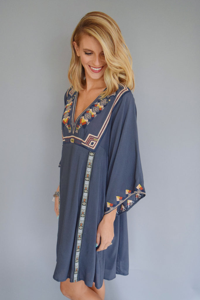 Womens Boutique river bend embroidered dress