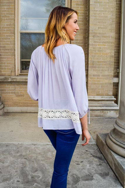 Cute free to be me lavender top