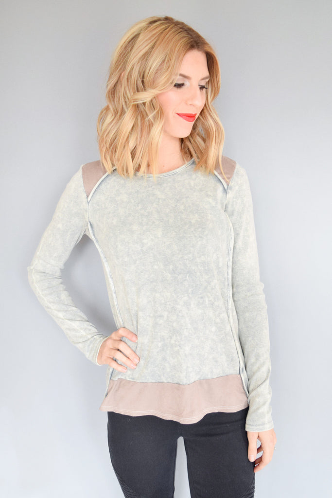 Womens Online vail village stone wash top
