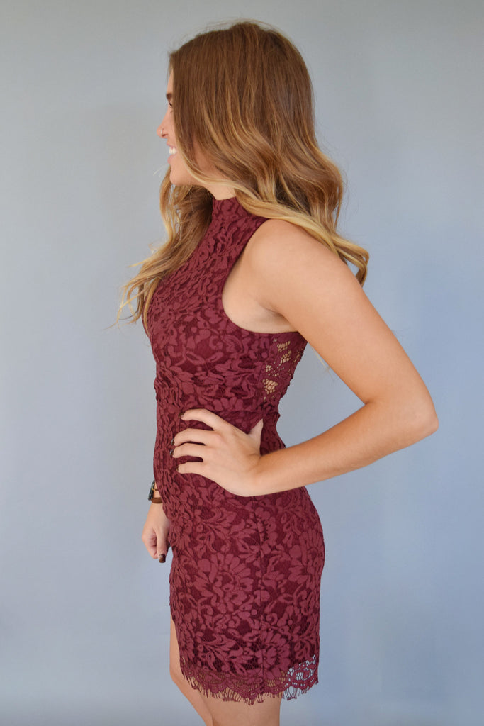 Womens Boutique uptown lace dress berry