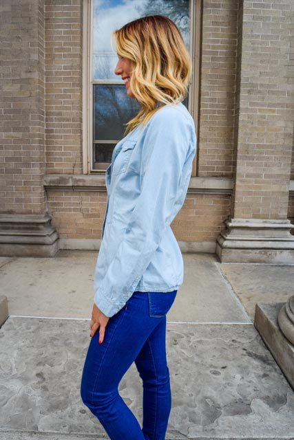 Womens Boutique light blue denim shirt