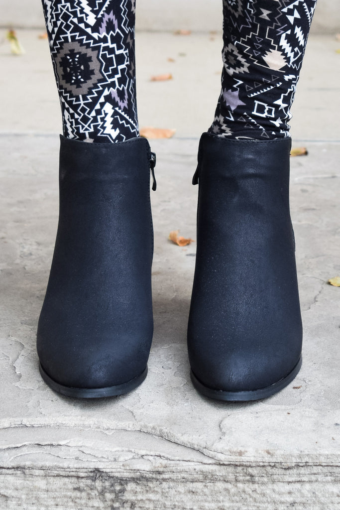 Cute everyday black bootie