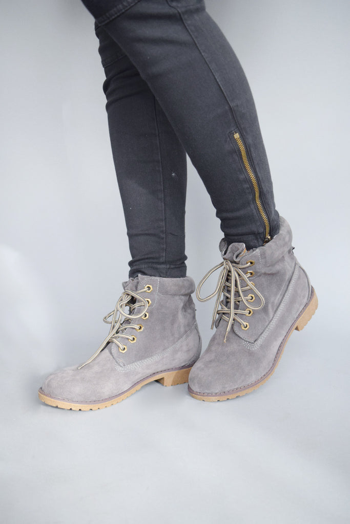 Cute Online northern country boot grey