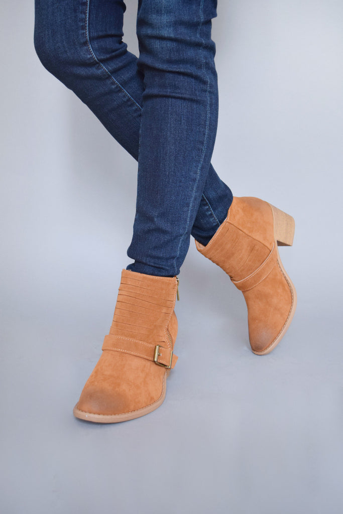 Womens Online Avenue Buckle Booties Camel
