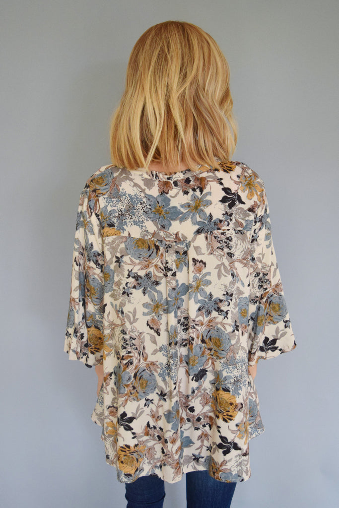Trendy Online fall floral cut out top