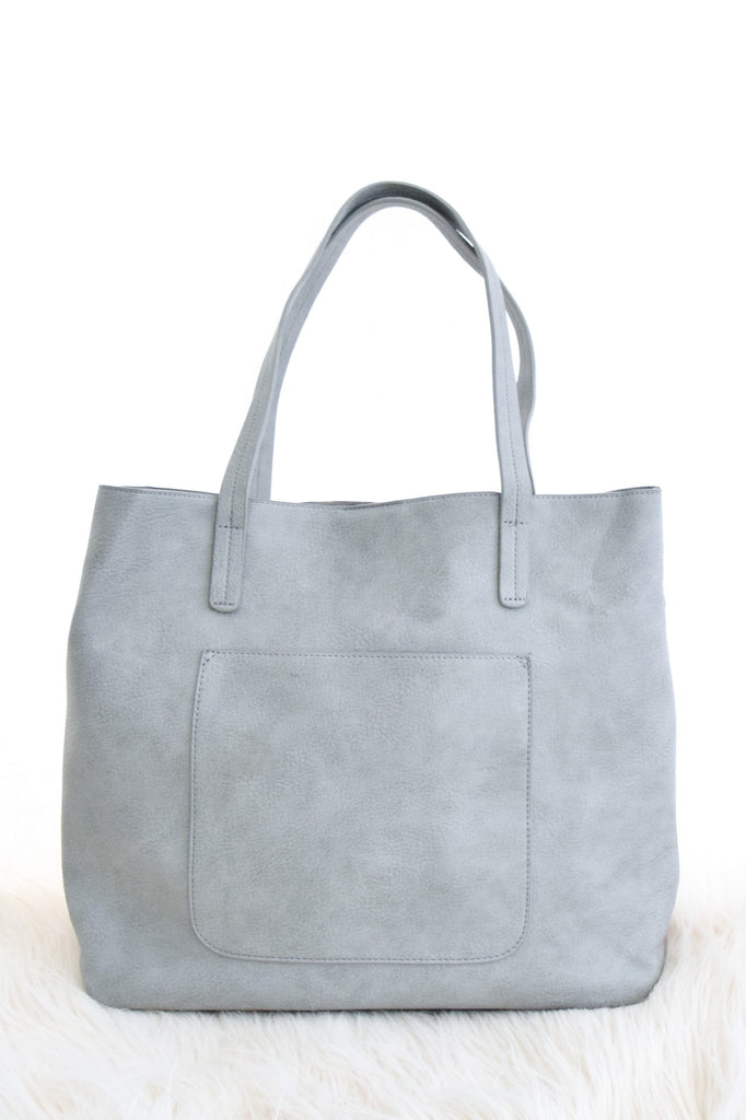 Olivia Carry All Tote In Grey