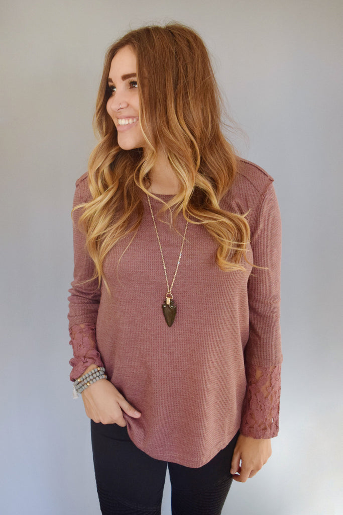 Colorado Chic lace sleeve thermal