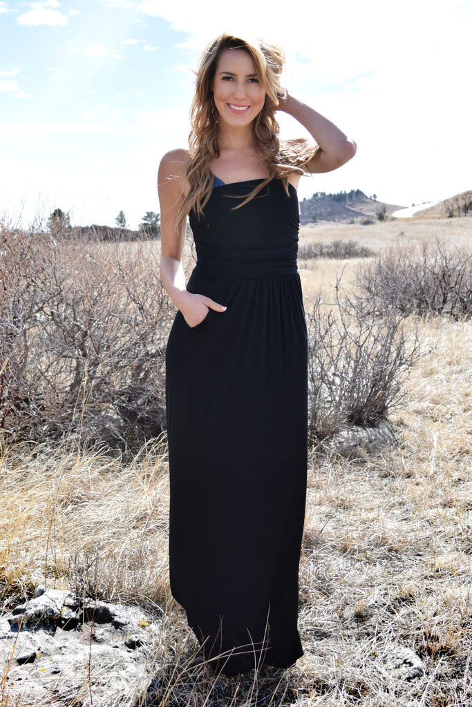 Chic looking lovely strapless maxi dress black