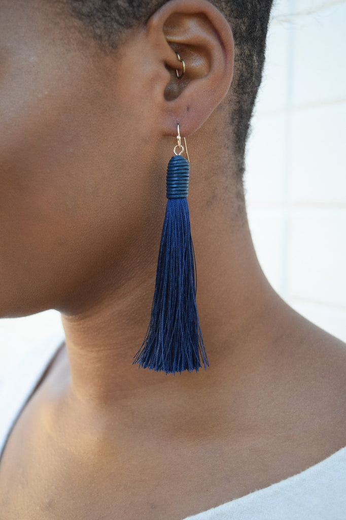 Aspen Tassel Earring In Navy
