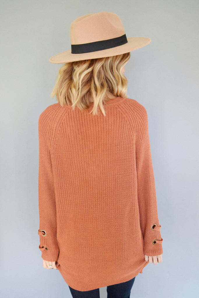 Cute Online evergreen lace up sweater rust