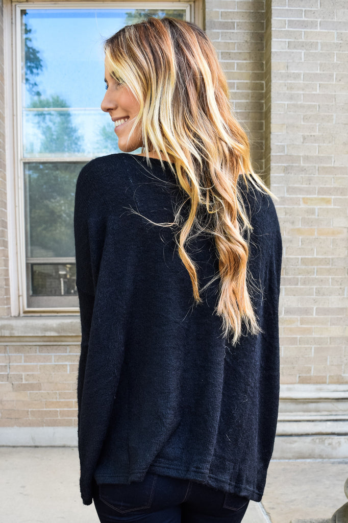 Colorado Chic Simple And Soft Sweater Black