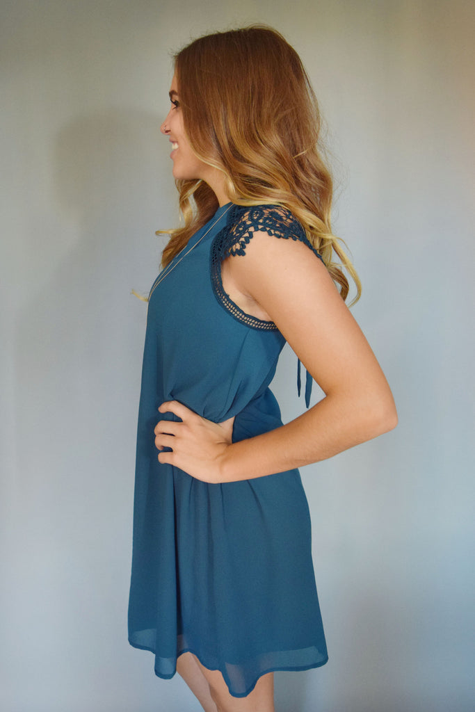 Affordable Online lace cap sleeve dress teal