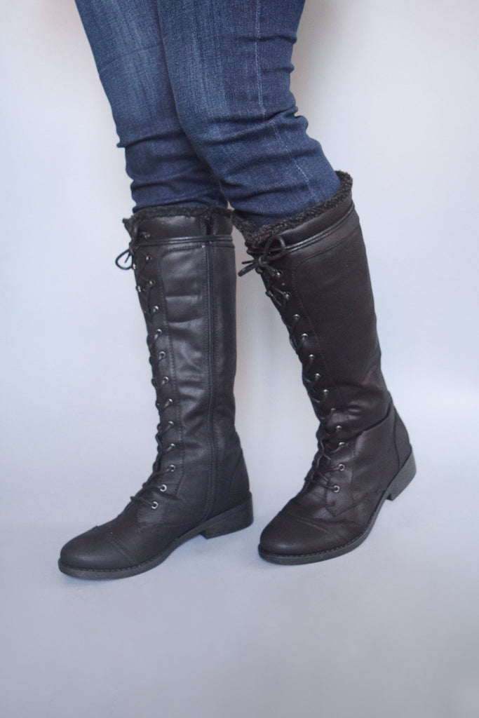 Affordable aspen lace up boots black