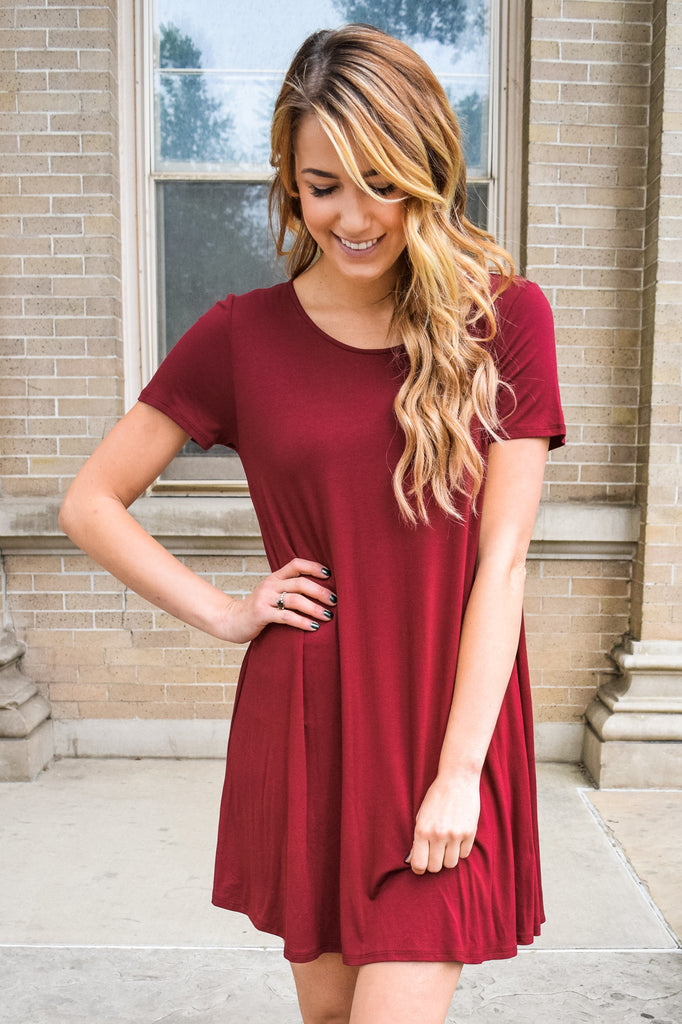 Womens Boutique Streets Of Rome Simple Burgundy Dress